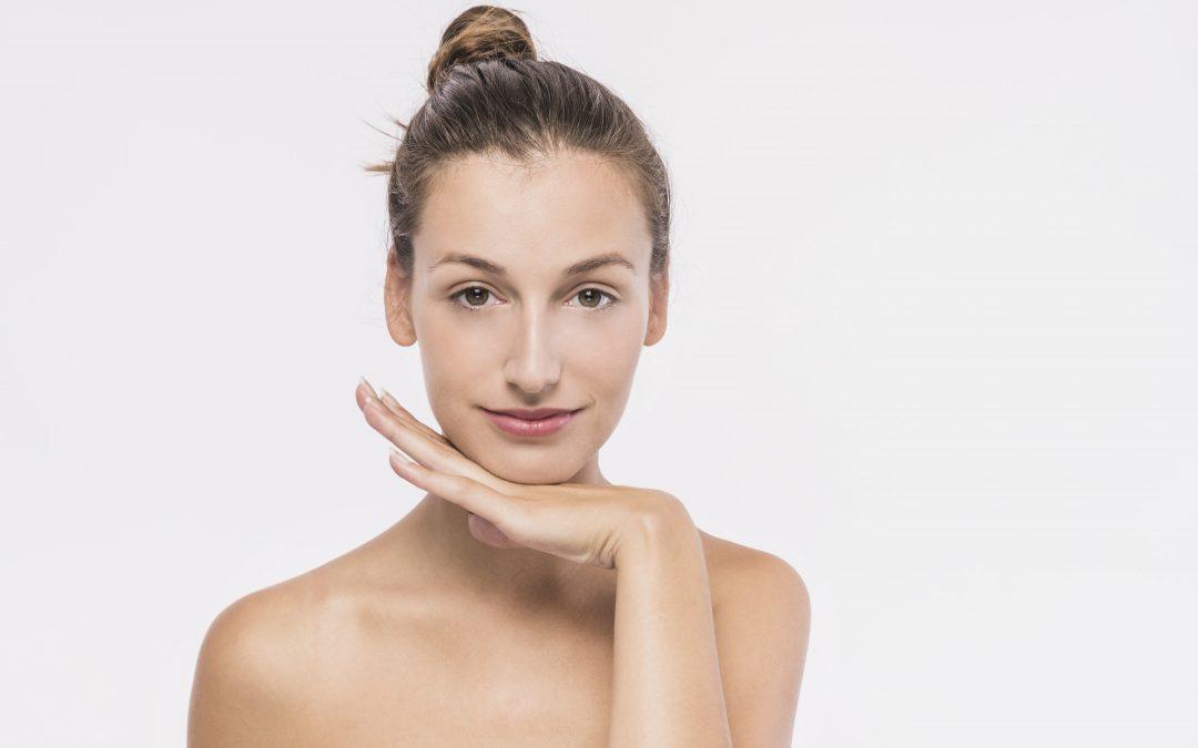 Rejuvenece tu piel con el lipofilling facial